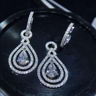 18K白金鑽石耳環/18K Gold Diamond Earring