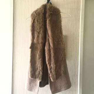 Luxurious Gilet With Faux Fur