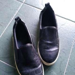 Top shop slip on black