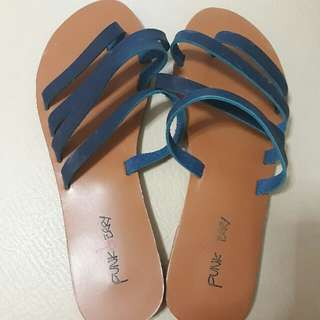 Punkberry Strappy Sandals