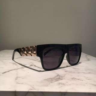 Jase New York Cache Sunglasses