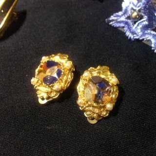 椿花二手衣-正老品碎礦石鑲嵌夾式耳環