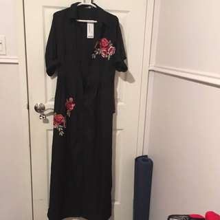 Black boohoo collar dress with rose embroidery