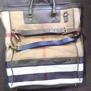 AUTHENTIC LARGE BURBERRY TOTE