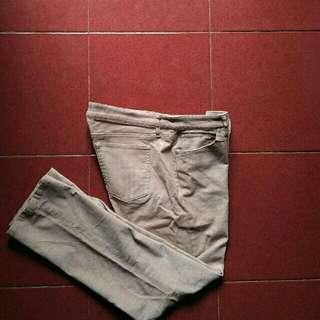 UNIQLO Jeans HEAT TECH Secondhand Impor