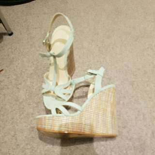 Size 6 Betts Wedges