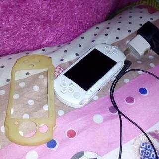 SONY PSP E1003