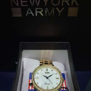 Newyork Army NYA128 Women's Goldtone Mother of Pearl