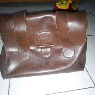 Braun Buffel Bag (Freeong Jadetabek)