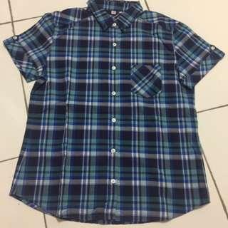 Square Shirt ukuran M