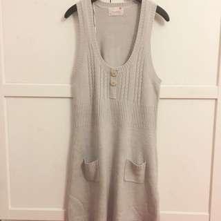 Fox Sleeveless Grey Mid Dress