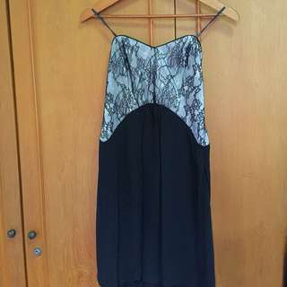 Lace Dress Hitam