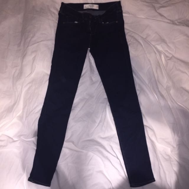 A&F - Dark Wash Jeggings