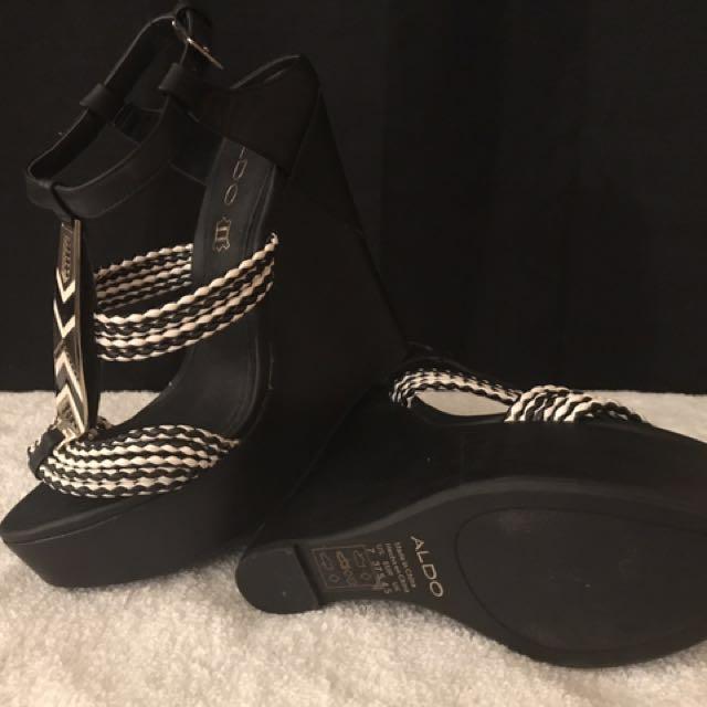 Aldo Gweasen Wedge Platform Sandal - size 7