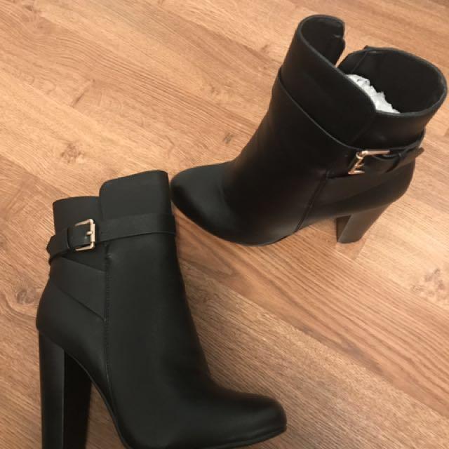 Billion Heel Black Boots