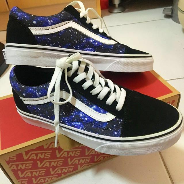 bcd241ab16 BNIB Vans Old Skool Galaxy Sneakers