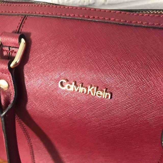 Calvin Klein Bowler Bag - Burgundy