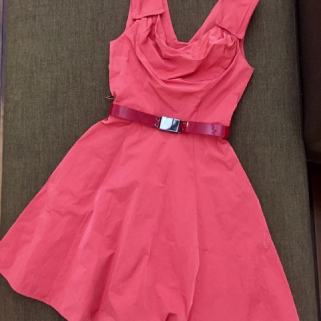 CUE Structured dress with belt - brand new with tags