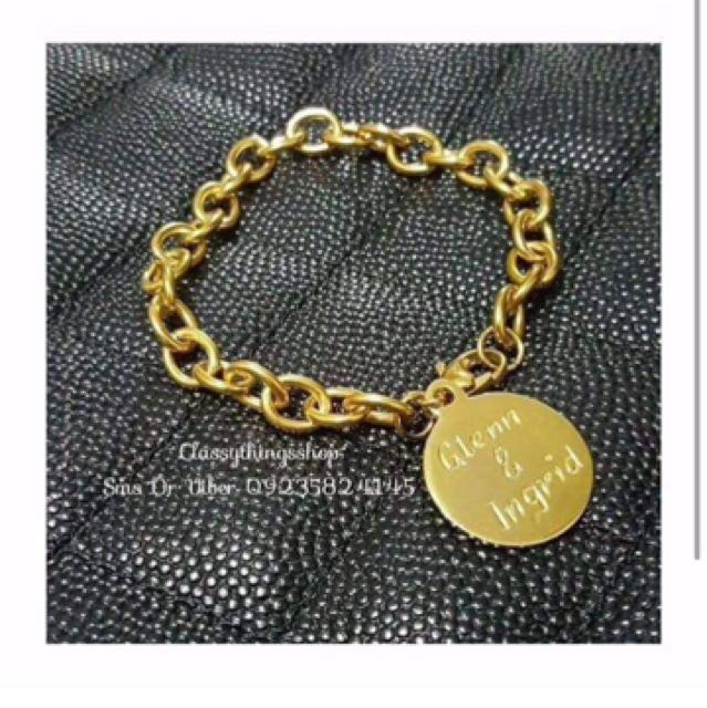 Customized Round Charm Bracelet