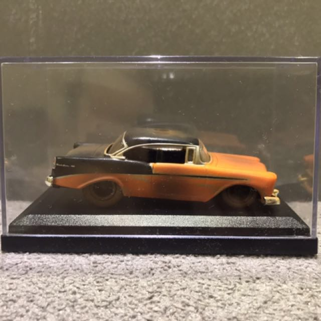 DIE CAST - JADA TOYS - FOR SALE - 56 CHEVY BEL AIR - 1:64