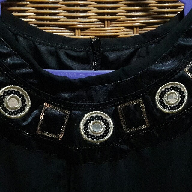 Dress Hitam Gold