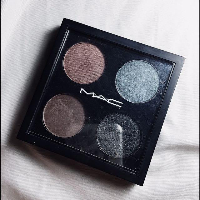 Mac Eyeshadows Palette