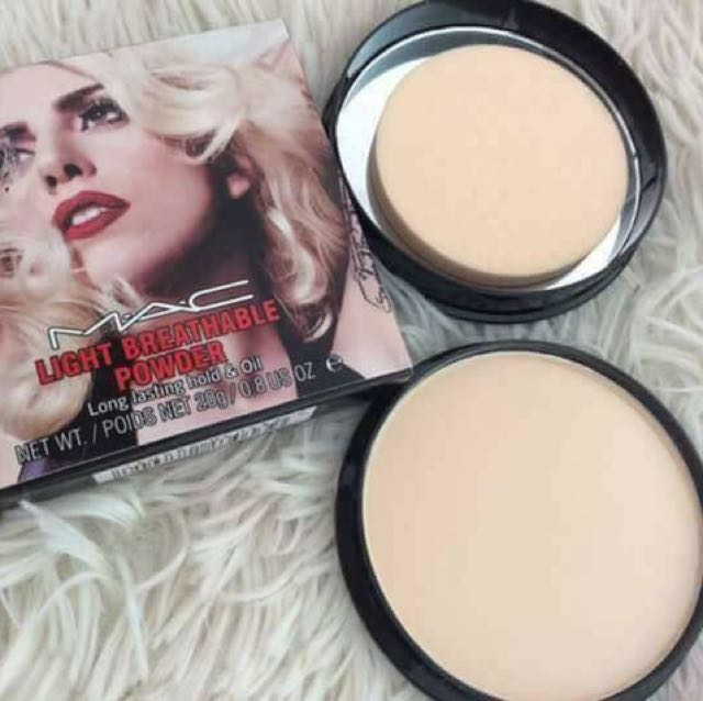 MAC light breathable powder