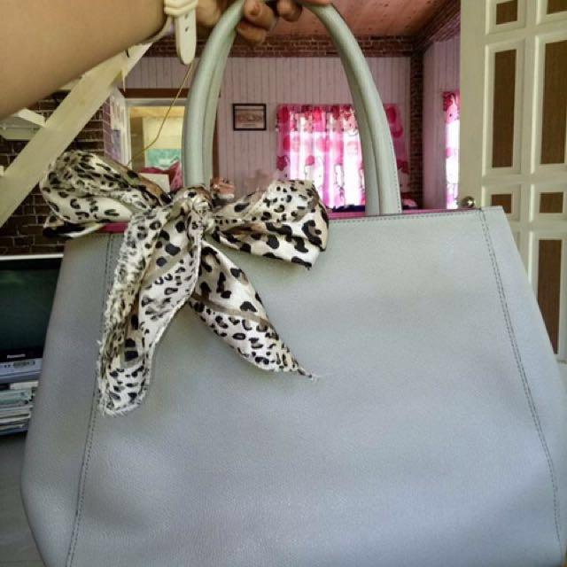 Nicole Miller designer bag