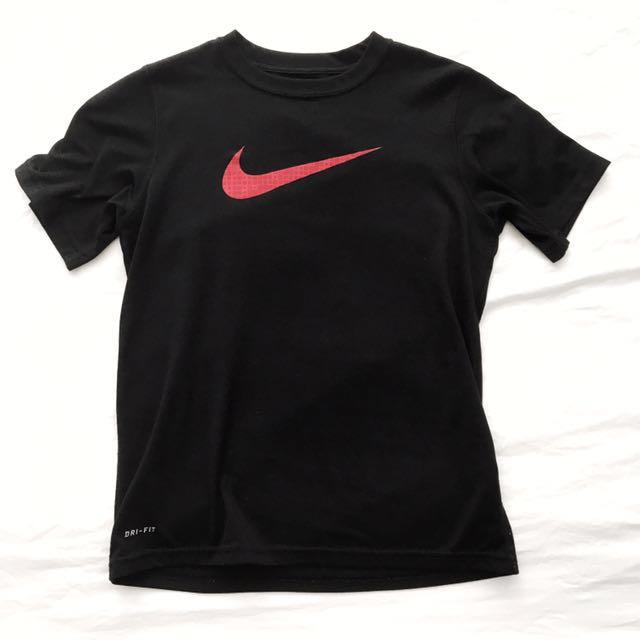 Nike dry-fit T-Shirt