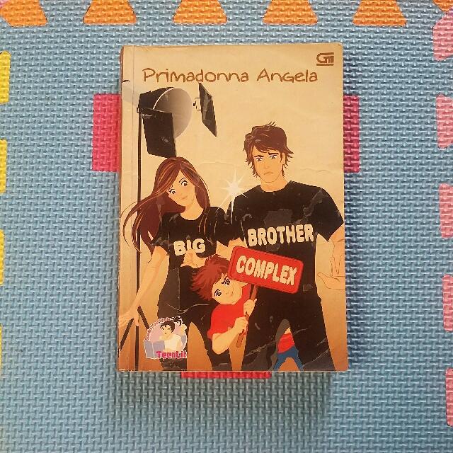 Novel 'Primadona Angela Big Brother Complex'