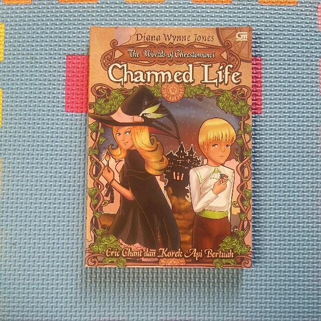 Novel 'The Worlds Of Chrestomanci Charmed Life'