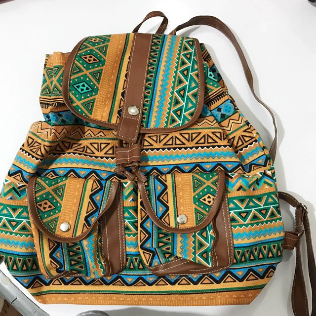 Tribal ransel