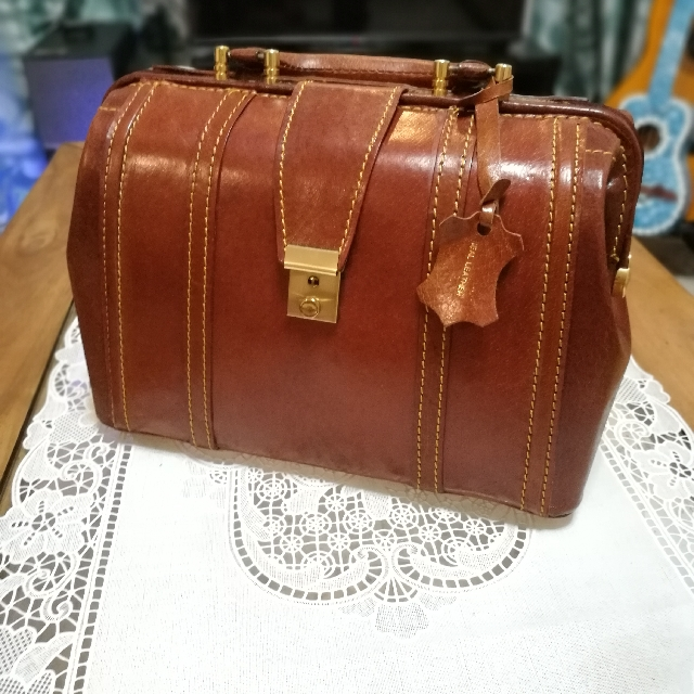 Vintage Genuine Cow Leather Doc's Bag