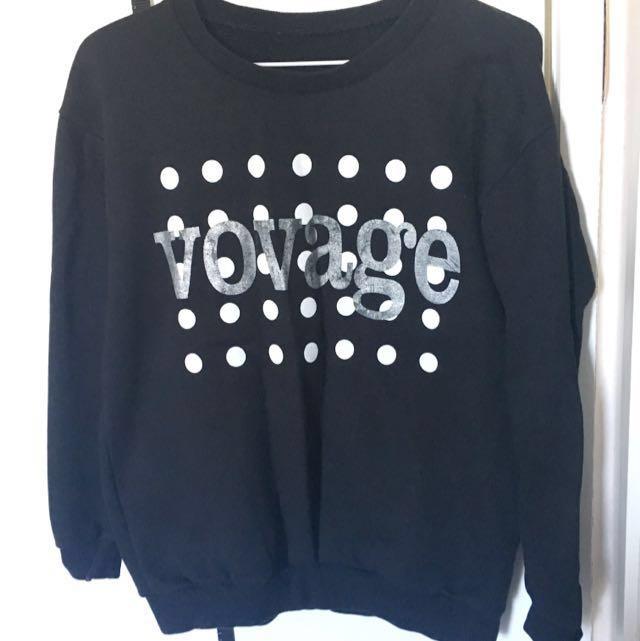 Vovage Black Sweater