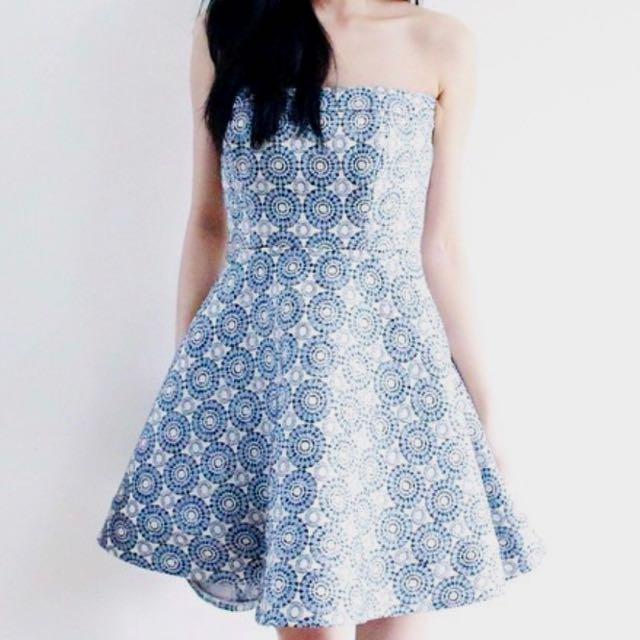 Vs the label dress