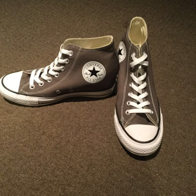 ec6cb2d55a6e Womens US size 8 Wedged Converse sneakers