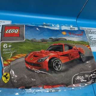 LEGO Shell Ferrari F12 berlinetta
