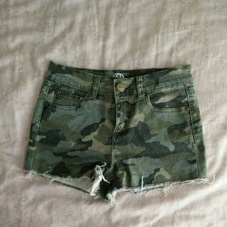 Army denim shorts