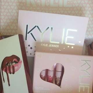 Kylie Jenner lip kit (Brown Sugar), Velvet matte Liquid Lipsticks