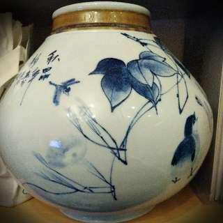 掛釉青花瓶:甲申猴年2004