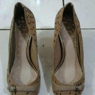 Preloved Sepatu Heels Wanita