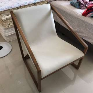 Resting Leather Chair
