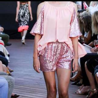 Pia jewel set top and shorts