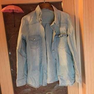 🚚 淡藍色 漂白色牛仔外套襯衫