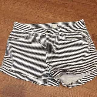 H&M 細條紋 短褲