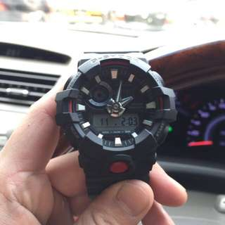 jam tangan G-shock GA-700