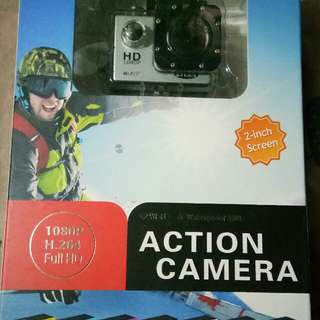 ETCAM C7 Underwater HD DV 1080p 12MP WiFi Sports Action Camera (silver) With 8gb Memory Card