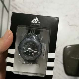 Adidas lady watch(no nego)