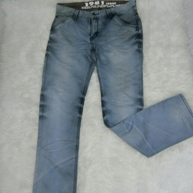 1981 JEANS