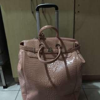 Leatherette Trolly Bag